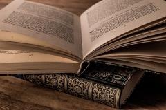 literature-3327172_640